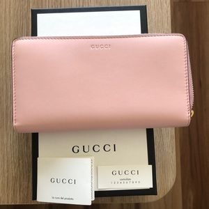 Brand NEW Pink Gucci Long Bifold Wallet